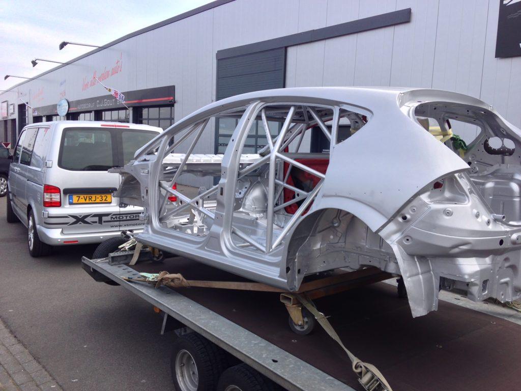 XT Motorsport biedt een Mk2 Seat Leon Supercopa chassis aan 5